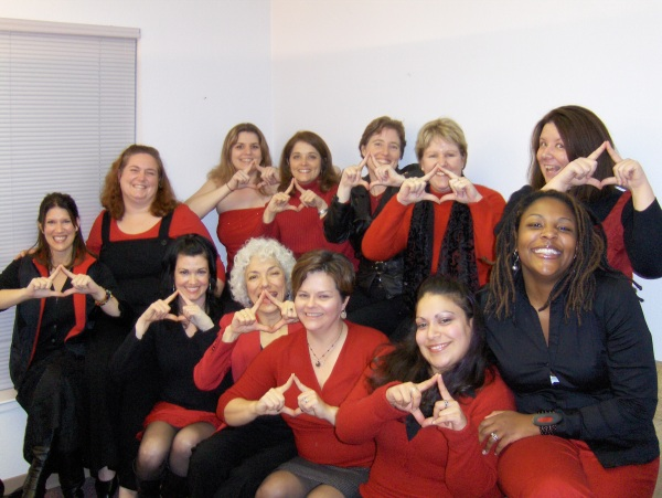 "Vagina Monologues 2008 cast making the ""V"" sign for director Eleisa Cambra!"